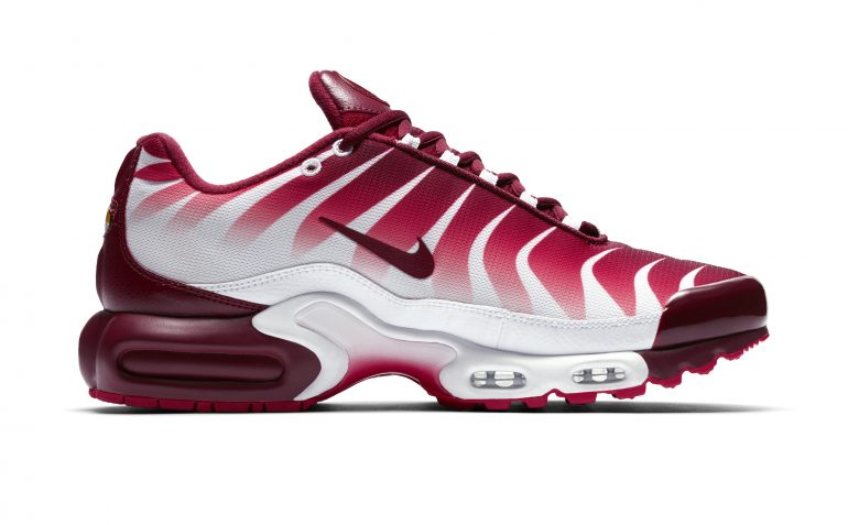 hot sale online f4524 e437a Foot Locker Celebrates Before and After the Bite Nike Air Max Plus  Campaign
